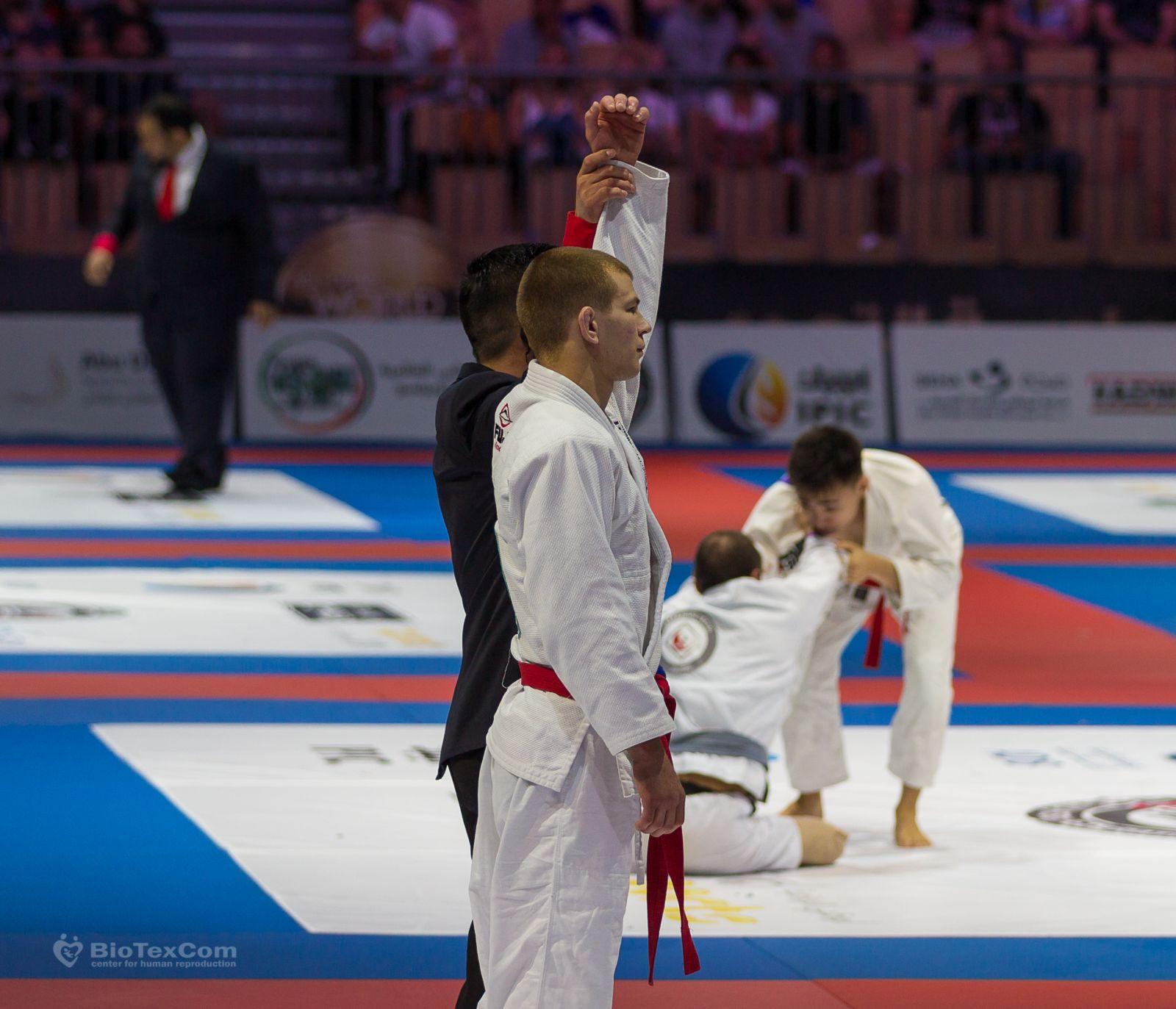 blazhko-yaroslav_Abu-Dhabi-World-Championship-2017-2_16