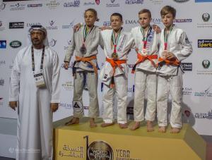 podium005